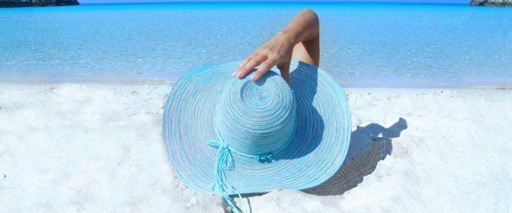 Vacances d'été 2020 : les collectivités et les marques prennent des initiatives pour les touristes